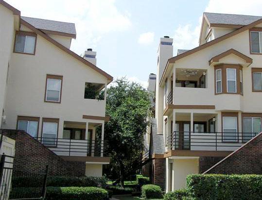 Property Listing Image 1