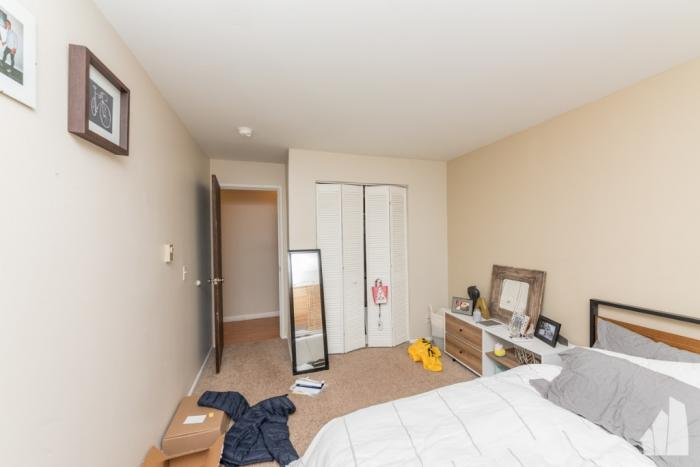 Property Listing Image 6