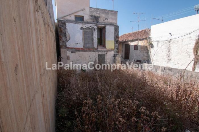 Property photo 42934045_27548f0624f5e2ce2f020f1f26c1494e.jpeg
