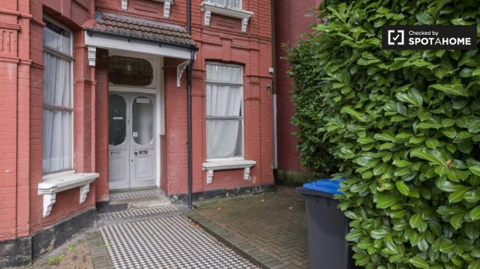 Property photo 44483106_dc700a477e75bdc29b5852f8f8aef7a7.jpeg