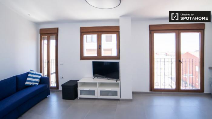 Property photo 44554186_66949f11b9efd2756cfba979903b81b3.jpeg