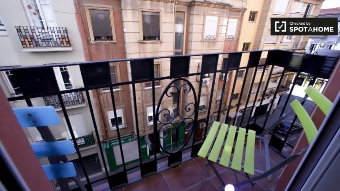 Property photo 44554342_cecf5f468cb7f7c583033e64e27a68a4.jpeg