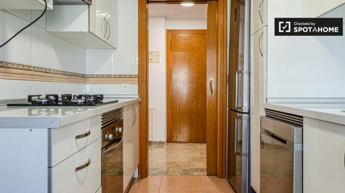 Property photo 44554439_2e5e218c05f80f2056f5255041e17533.jpeg