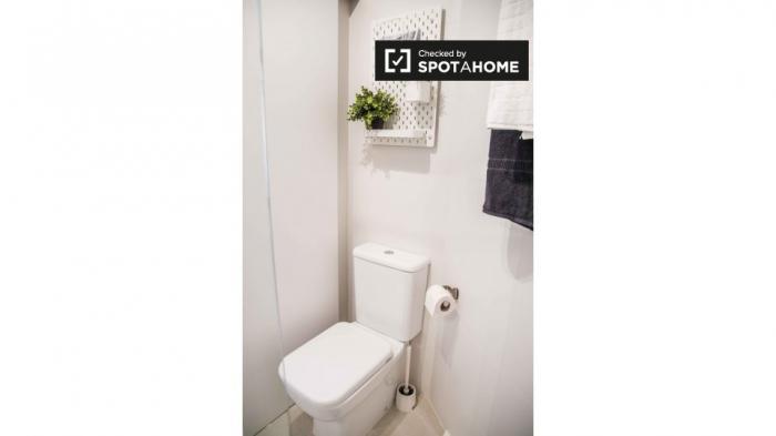 Property photo 44554590_822c8c5b6f6d3f13976bebf772d87ddc.jpeg