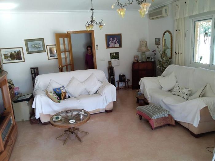 Property photo 44879257_6e0fdd92158d74841e7f80046af2dff6.jpeg